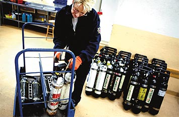 Brandmannatekniker Britt-Marie Ekström