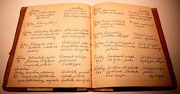 Kabeljopudding, dillkött och blåbärskräm – menyerna från 1930- och 40-tal är spännande läsning.