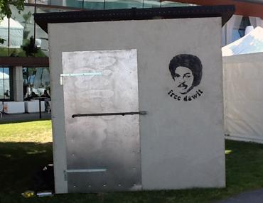 Sitt med Dawit i Almedalen.