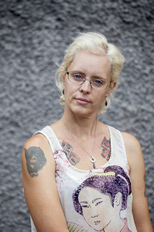 Lindha Holmqvist.