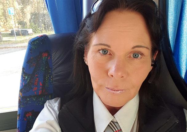 Carola Hedqvist är bussförare.