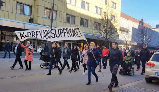 Äldrevårdsupproret demonstrerade i Luleå.