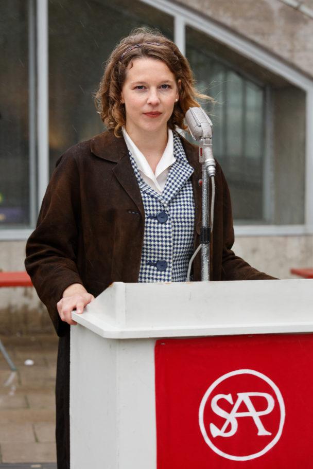 Maggan tar steget in i politiken i säsong 2.