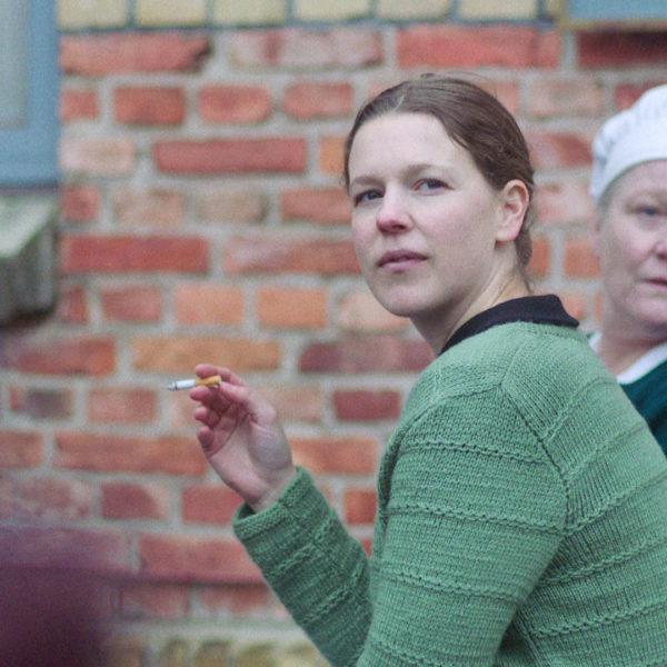 """Maggan (Josefin Neldén) och Ethel (Anna Bjelkerud) från serien """"Vår tid är nu""""."""