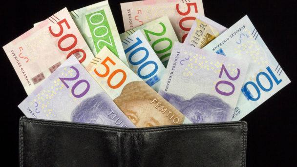 Mer pengar i plånboken om du betalar in fackavgiften i förskott.
