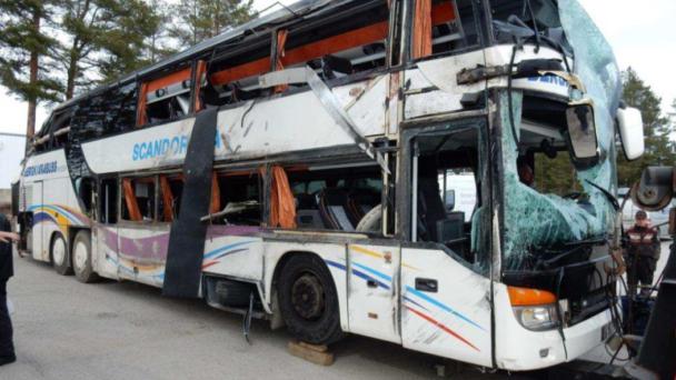 Den kraschade bussen. (Bild ur Polisens förundersökning.)