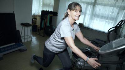 Vibrationsträning är basen i Gunilla Anderssons träning.