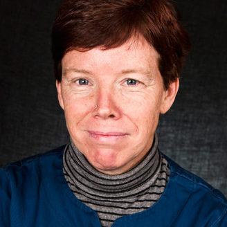 Linda Halldén, undersköterska.