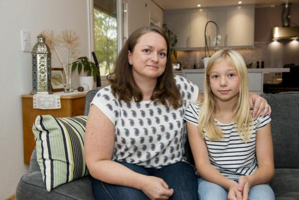 Catrin Zakariasson med dottern Elle Sjöling.