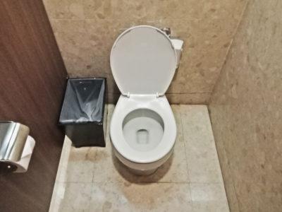 Toalett.