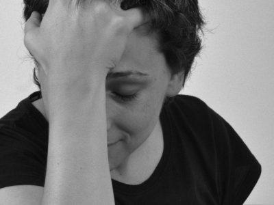 Stress kan leda till depression och lång sjukfrånvaro.