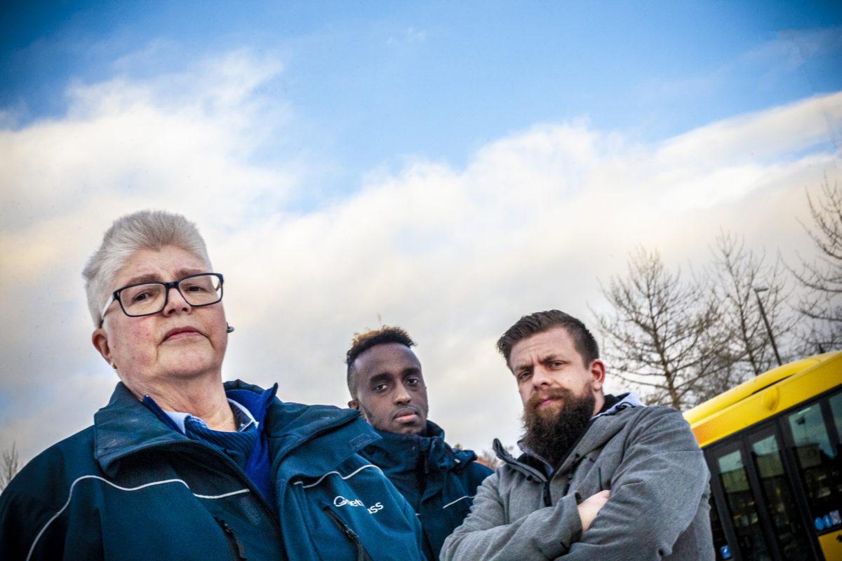 Helen Johansson, Adnan Jeyte och Henrik Westman, bussförare på Vy Buss i Östersund.