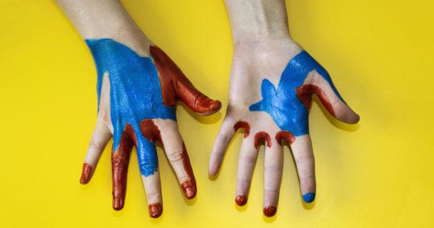Målade händer