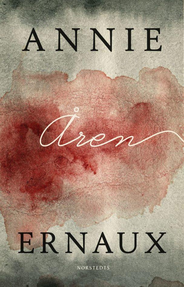 """""""Åren"""" av Annie Ernaux."""