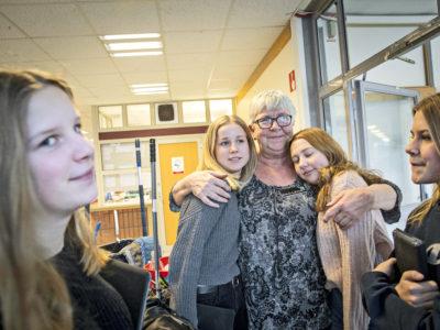 Ewa-Lena Klingberg med Nea, Frida och Ebba i 9F.