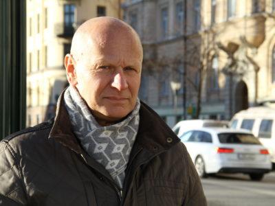 Mario Gavran, Kommunal.
