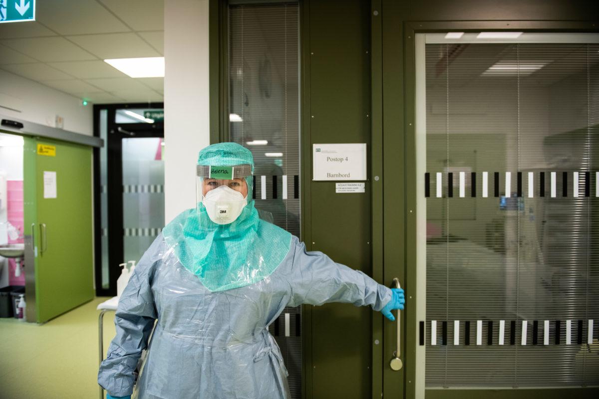 Helena Karlsson jobbar på iva på Danderyds sjukhus.