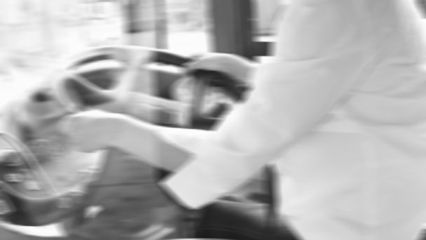 Anonym kvinnlig bussförare