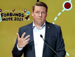 Tobias Baudin vid Kommunals förbundsmöte.